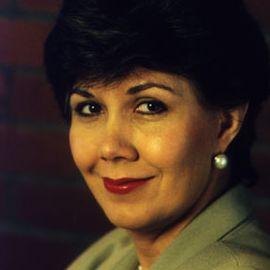 Linda Chavez Headshot