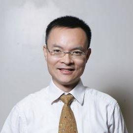Richard Liu Headshot
