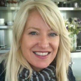 Dr. Alison Thompson Headshot