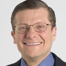 Dr. Michael Roizen Headshot