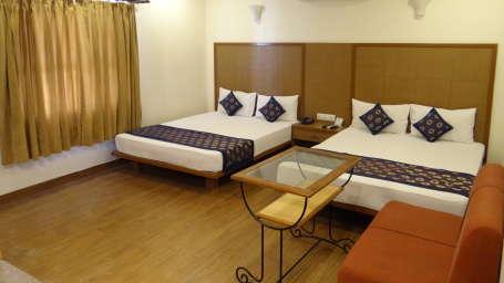 Hotel Ratnawali, Jaipur Jaipur J. Family Room 4 bedded Hotel Ratnawali Jaipur